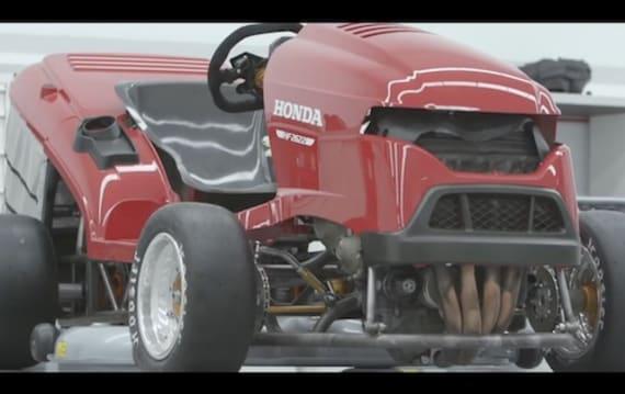 【ビデオ】ホンダ「世界最速芝刈機」がパワーアップ。出力192ps、CBR1000RR用エンジン搭載