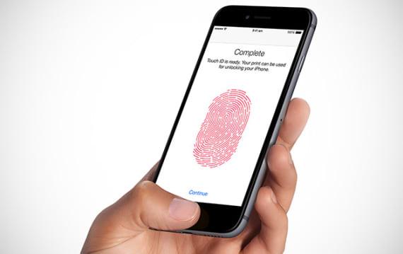 電池劣化iPhoneの低速化問題をきっかけに「修復する権利」法案化の動きがアメリカで拡大中