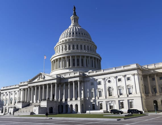 Congress returns as funding deadline nears
