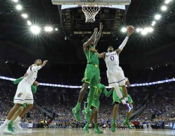 Oregon advances to first Final Four since 1939