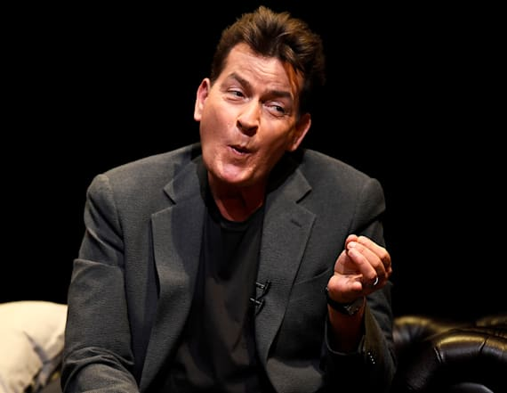 Charlie Sheen apologizes to Rihanna
