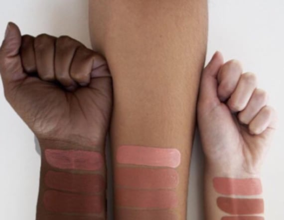 Colourpop accused of Photoshopping hand to be black