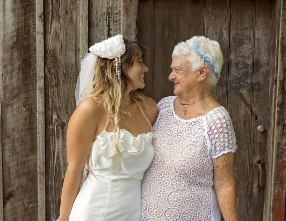 92-year-old woman serves as bridesmaid at wedding