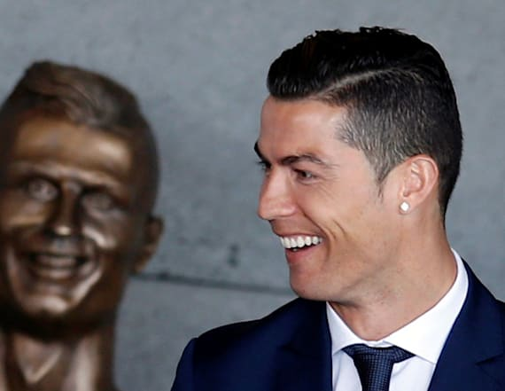Internet reacts to Cristiano Ronaldo's new statue