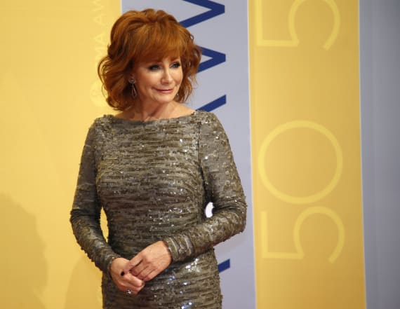 Gospel performance brings Reba McEntire to tears