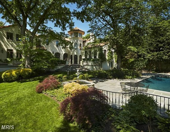 Report: Kellyanne Conway buys $8M mansion in DC