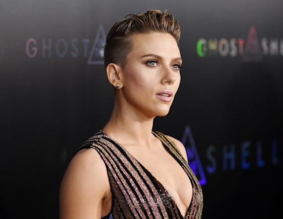 ScarJo's cleavage spills out of super tight dress