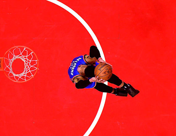 Incredible photo shows glorious Westbrook dunk