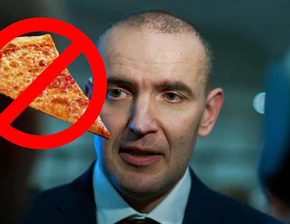 President of Iceland wants to ban pineapple on pizza