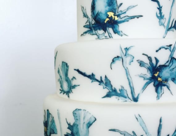 Stunning wedding cake trend will make your jaw drop