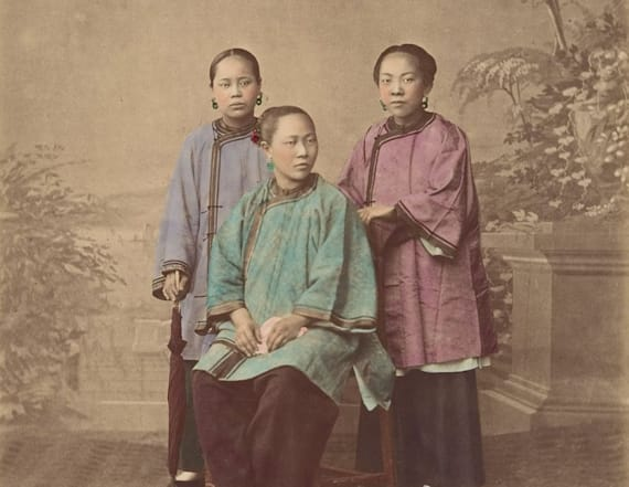 Hand-colored portraits offer a glimpse of 1870 China