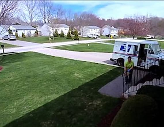 Man catches USPS worker throwing fragile package