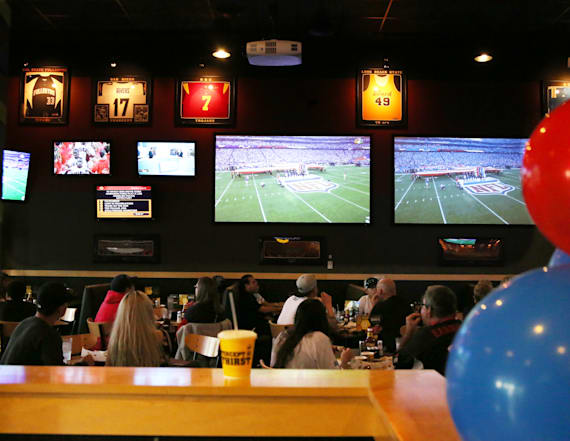 Major sport bar chains are losing customers