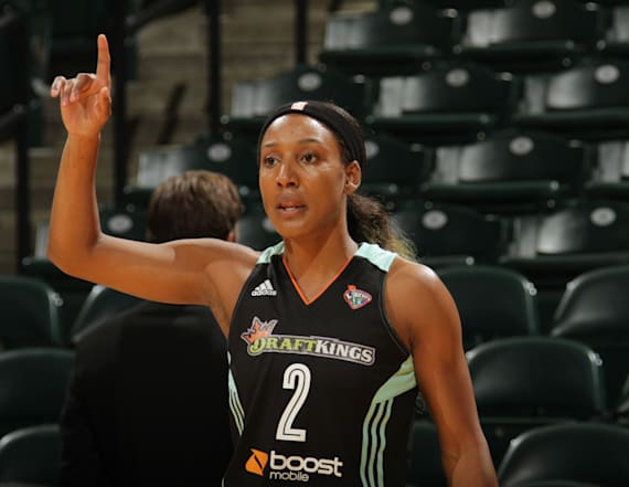 Ex-WNBA player Candice Wiggins rips league's culture