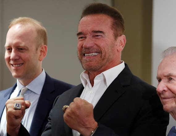 Schwarzenegger terminates troll over comment