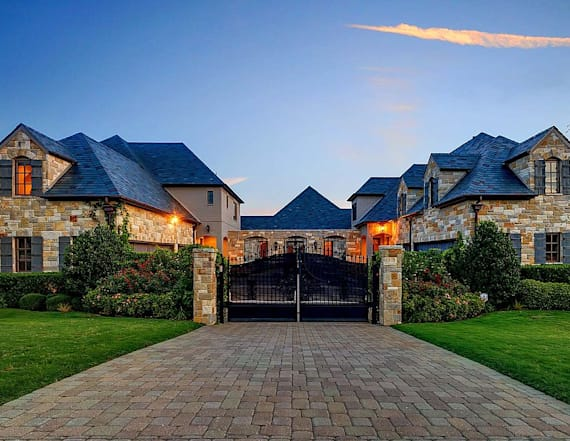 Selena Gomez lists her Texas estate for $3 million