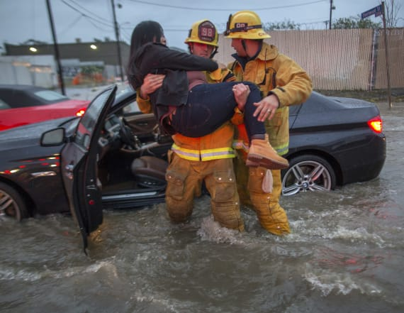Biggest storm in years thrashes Southern California