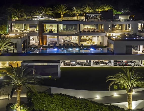 $250M Los Angeles mansion hits the market