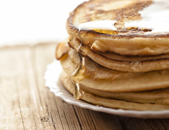 Man arrested after eating pancakes in intersection