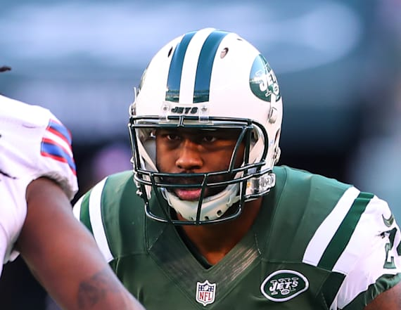 Jets' Revis to be charged with robbery, assault
