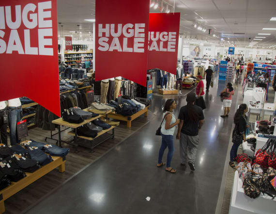 Struggling retailer to shutter up to 140 stores