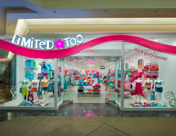 7 '90s mall stores that still exist today