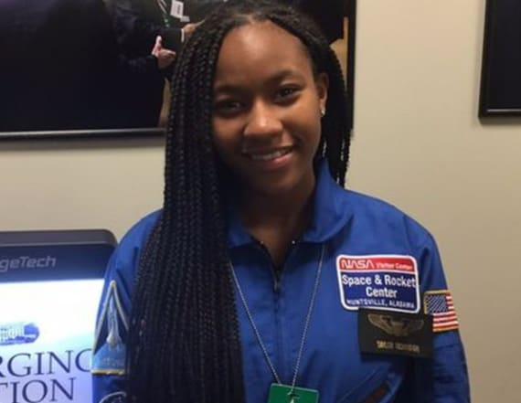 Teen works to send girls to see 'Hidden Figures'