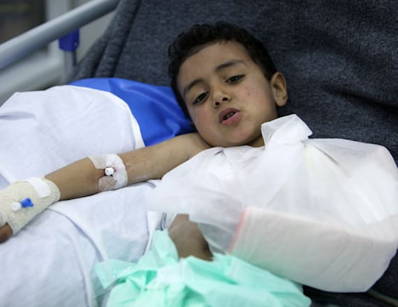 Emergency hospital in war zone filled with children