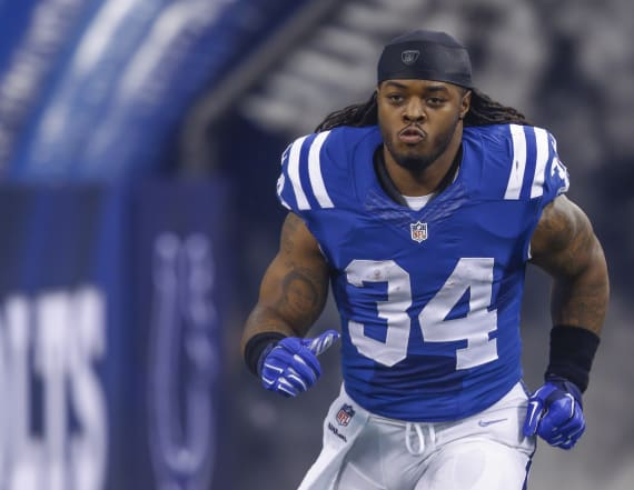 Trent Richardson arrested for domestic violence