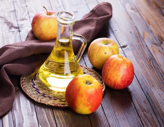 11 unusual uses for apple cider vinegar