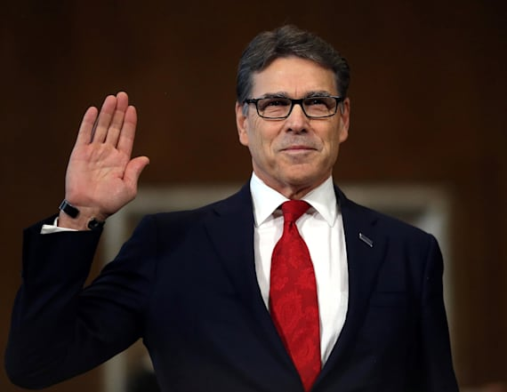 Perry gives Franken awkward compliment in hearing
