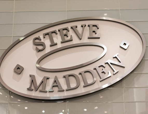 Steve Madden is bringing back its iconic '90s sandal