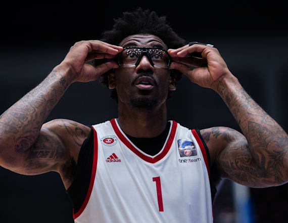 Stoudemire says he has a problem with gay teammates