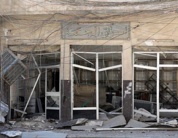 A walk through abandoned western Mosul