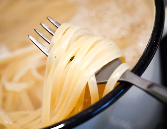 This is the scientific way to cook pasta