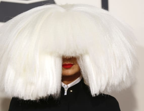 Sia goes wig-less and shows her face