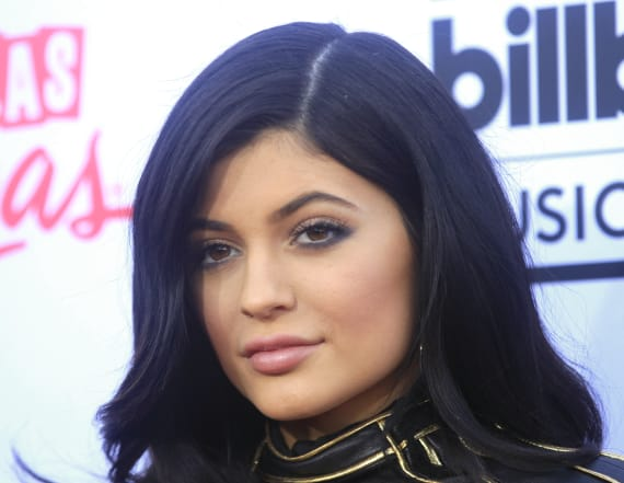Kylie Cosmetics shoppers stunned by delivery mishap