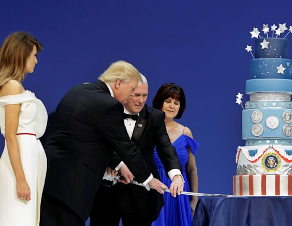 Trump's inaugural ball cake looked familiar