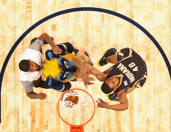 Slam Dunk Contest lights up NBA All-Star Weekend