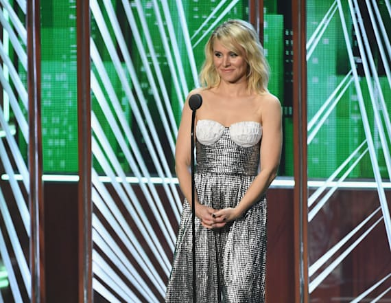 Kristen Bell runs into big problem at PCAs