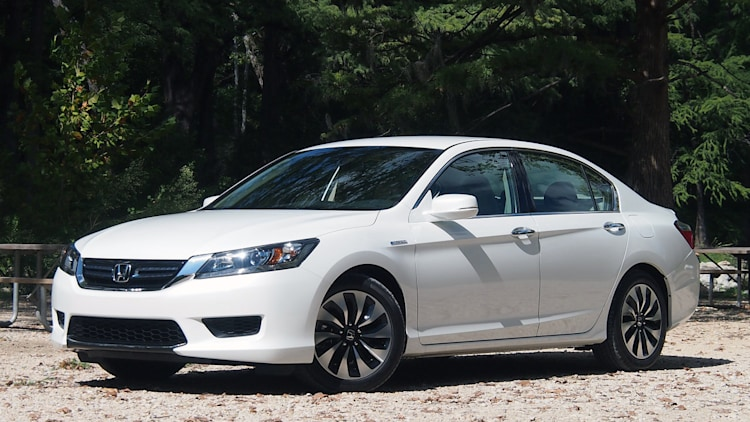 honda accord hybrid falls well short of 47 mpg says consumer reports w video. Black Bedroom Furniture Sets. Home Design Ideas