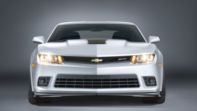 how much does a 2014 chevy camaro z28 cost. Black Bedroom Furniture Sets. Home Design Ideas