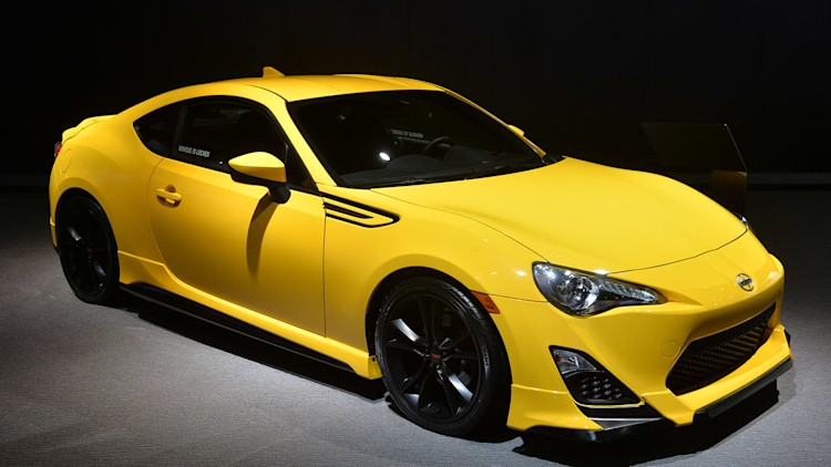 scion fr s release series 1 0 hits dealers with 29 990 msrp. Black Bedroom Furniture Sets. Home Design Ideas