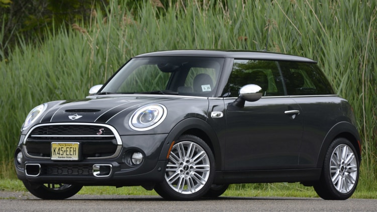 2014 mini cooper s review photo gallery autoblog. Black Bedroom Furniture Sets. Home Design Ideas