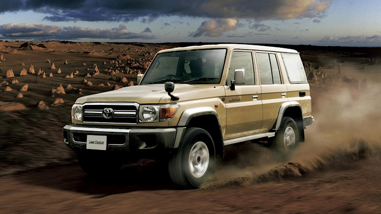toyota land cruiser 70 series re release photo gallery autoblog. Black Bedroom Furniture Sets. Home Design Ideas