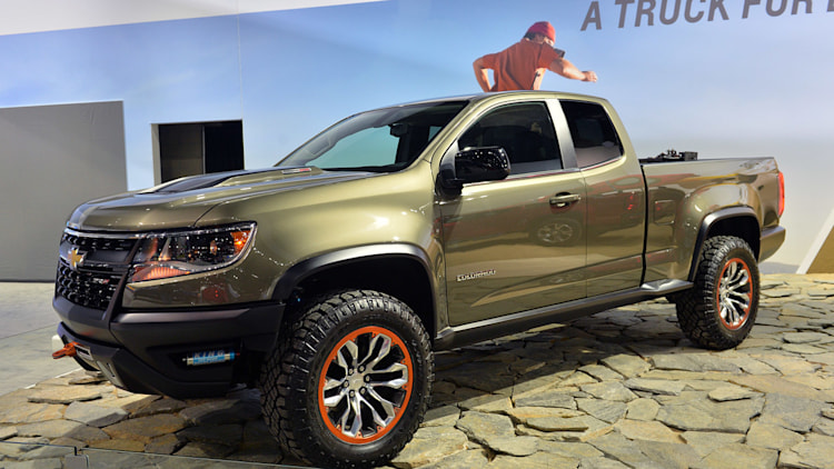 chevrolet colorado zr2 concept suggests a diesel off road future. Black Bedroom Furniture Sets. Home Design Ideas