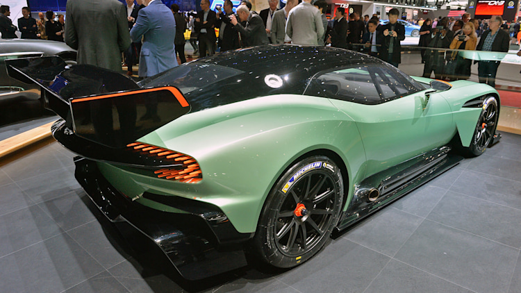800 hp aston martin vulcan will live long and prosper on the track. Black Bedroom Furniture Sets. Home Design Ideas