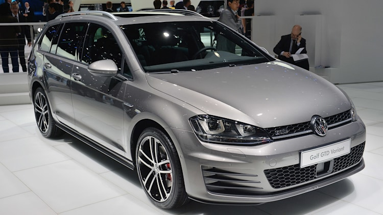 any photos of mk7 wagon with gti front bumper sideskirt. Black Bedroom Furniture Sets. Home Design Ideas