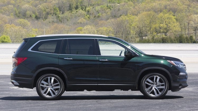 She Says That The Ridgeline S Forest Mist Metallic Won T Look Anything Like Acura Version Of Color Name It Much Darker Less Gray Blue