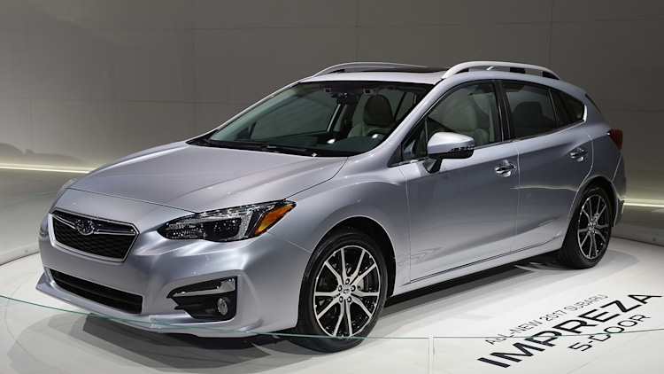 2017 subaru impreza 5 door new york 2016 photo gallery autoblog. Black Bedroom Furniture Sets. Home Design Ideas